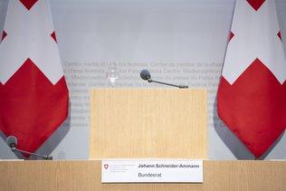 La presse suisse veut une femme pour remplacer Schneider-Ammann