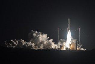 Ariane 5 a assuré avec succès son centième tir