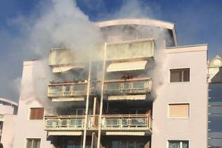 Incendie dans un immeuble à La Tour-de-Trême (FR)