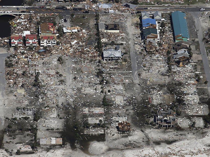 L'ouragan Michael laisse six morts et des paysages de désolation