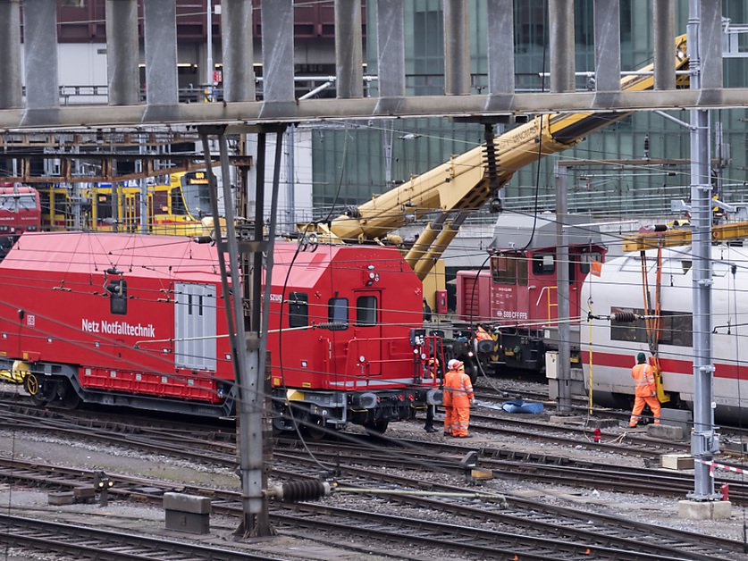 Homme mortellement touché par une locomotive à Bâle