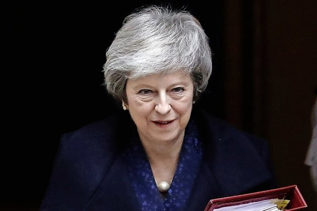 Theresa May conserve la confiance