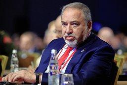 Lieberman met à mal la coalition