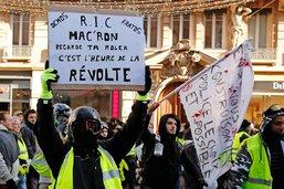 Macron joue la carte du Grand débat