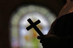 Dix-huit mois requis contre un ex-prêtre pour des abus sexuels