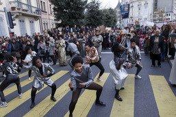 Des rassemblements féministes aux quatre coins de la Suisse romande