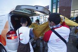 Le bilan du tsunami s'alourdit à 373 morts