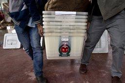 La Première ministre du Bangladesh Hasina remporte les législatives