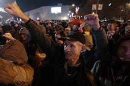 La police disperse des manifestants à Banja Luka