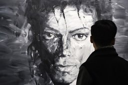 Un documentaire accuse Michael Jackson d'actes pédophiles