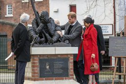 Le bébé du prince Harry et de son épouse Meghan attendu en avril