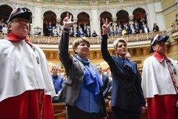 Le nouveau Conseil fédéral compte trois femmes