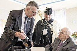 L'abbé centenaire fan de Fribourg-Gottéron