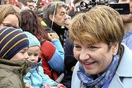 Viola Amherd appréciée à Fribourg