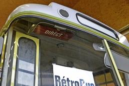 Les vieux bus se sont mis hors-la-loi