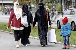 Les touristes se passent de leur burqa