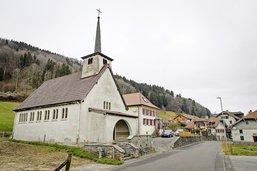 Des chapelles qui sortent de l'Eglise