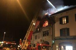 L'incendie d'un immeuble fait un mort à Oron