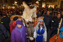 Près de 30'000 personnes ont fait la fête à Saint Nicolas à Fribourg