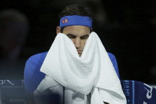 Federer s'incline face à un très bon Zverev