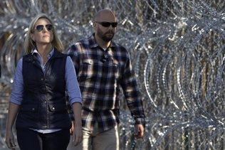 """Caravane de migrants: """"la crise est juste de l'autre côté du mur"""""""