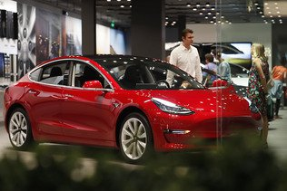 Tesla va supprimer 7% de ses effectifs