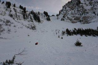 Deux coulées de neige mortelles dans les Préalpes