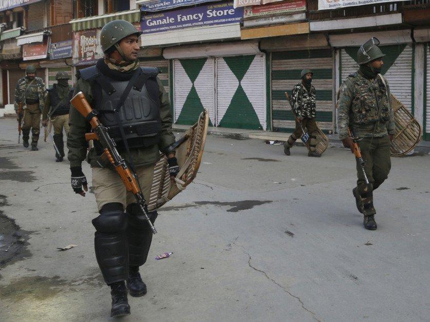 Onze morts dans des affrontements au Cachemire indien