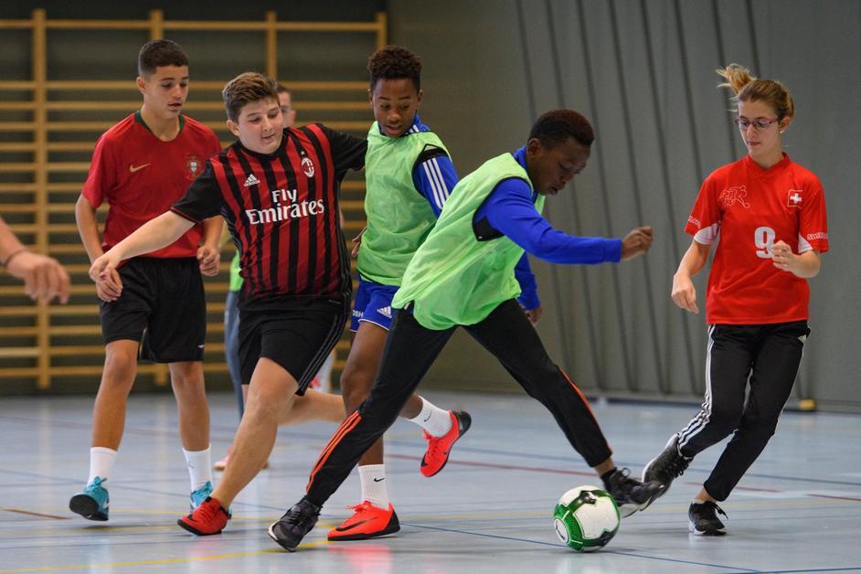 Tournoi de foot multiculturel au GYB