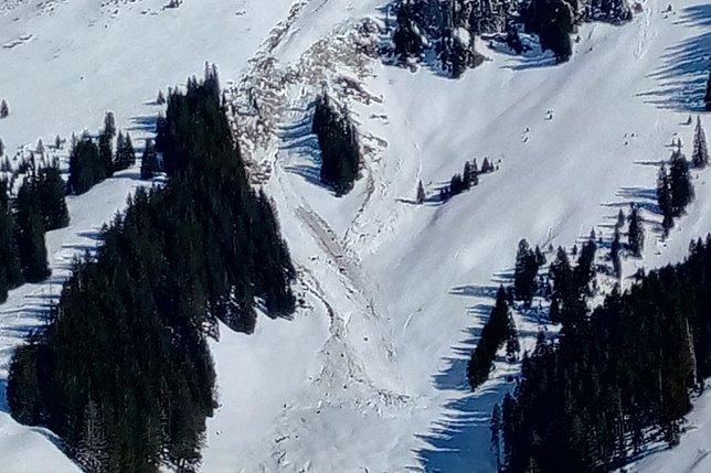 Randonneur à skis tué par une avalanche à Planfayon