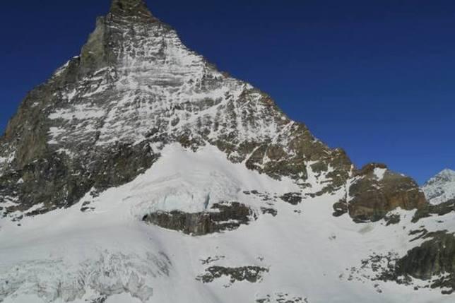 Deux alpinistes perdent la vie au Hörnligrat (VS)