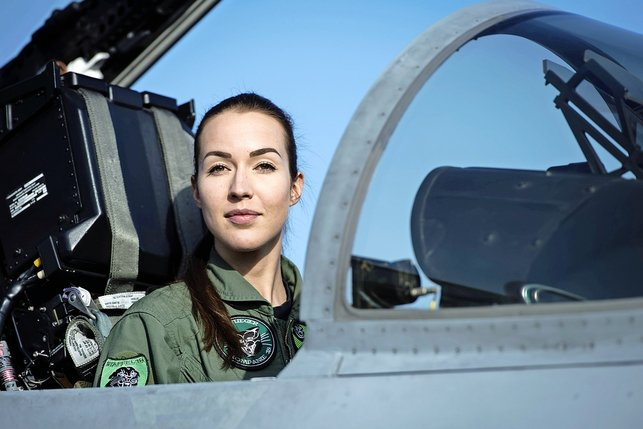 La première femme pilote de chasse
