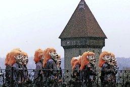 Débordements et concurrence entre les carnavals alémaniques