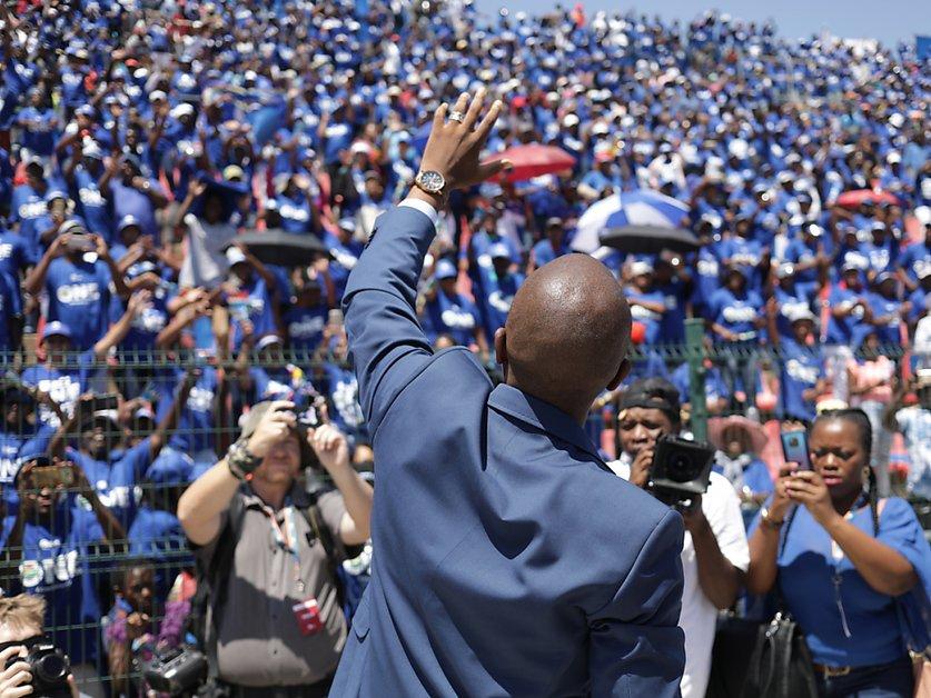 L'opposition sud-africaine promet de mettre fin à la corruption