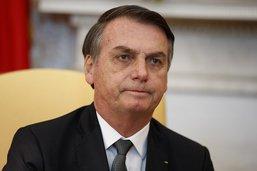 Chute de la cote de popularité du président brésilien Bolsonaro