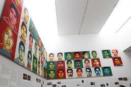 Ai Weiwei dévoile les portraits en Lego des étudiants disparus