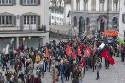 Quatre cents personnes manifestent contre le racisme à Schwyz