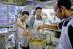 Le repas de cinq Erythréens en préapprentissage