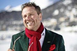 Ténor, humoriste et maire à St-Moritz