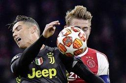 Ronaldo contre les gamins