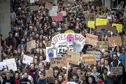 Réunion entre le Conseil d'Etat et des jeunes pour parler climat