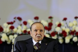 Algérie: Bouteflika restera président après la fin de son mandat