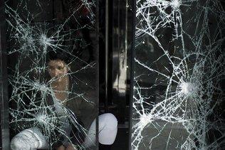 Armée mobilisée lors des manifestations: Macron tente de désamorcer la polémique