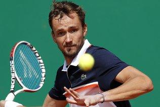 Daniil Medvedev élimine Novak Djokovic