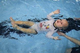 A la rencontre des bébés-nageurs