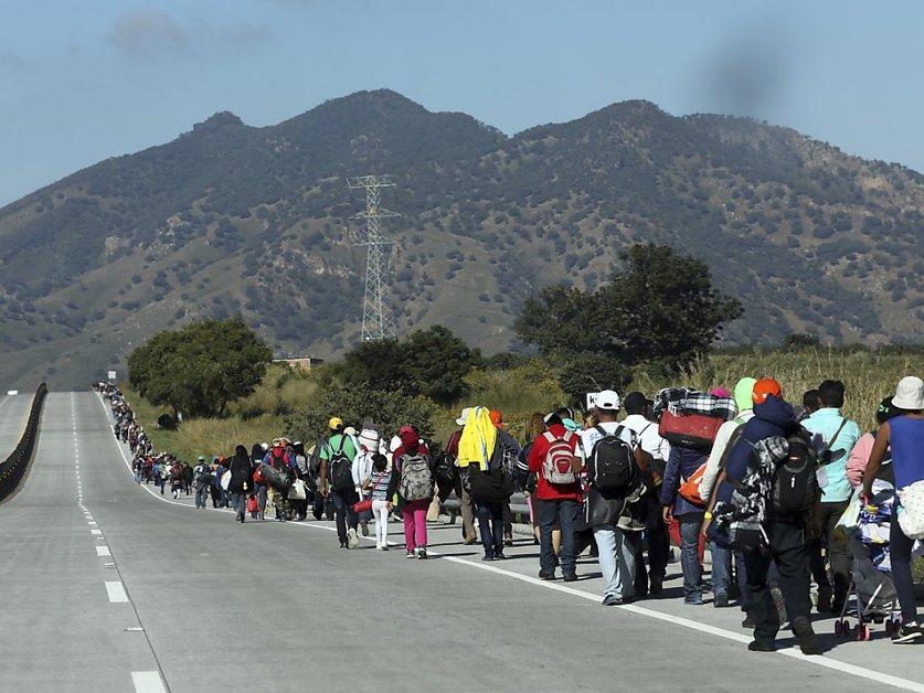 Une nouvelle caravane de 1500 migrants part du sud du Mexique