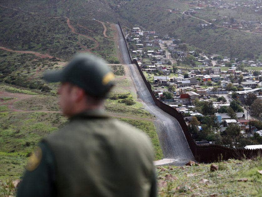 Le chef d'une milice opposé aux migrants arrêté aux Etats-Unis