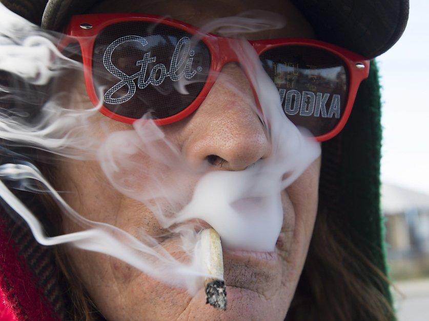 Premières manifestations pro-cannabis depuis la légalisation