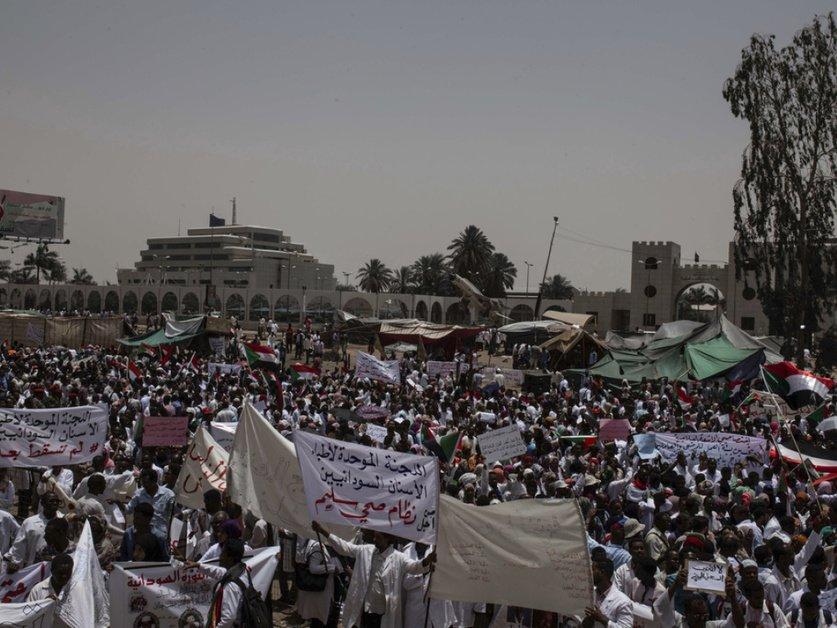 L'armée soudanaise affirme son «engagement» à transférer le pouvoir au peuple