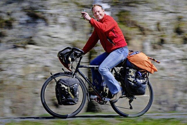 Il a réalisé le voyage de ses rêves à vélo